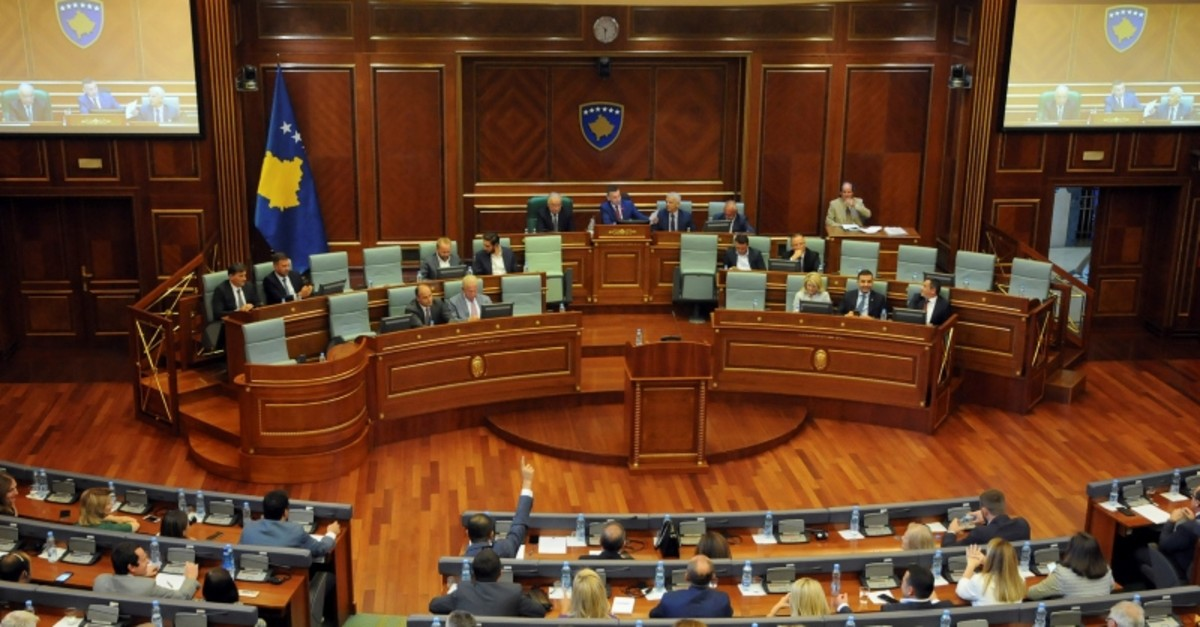 Kosovo lawmakers vote to dissolve parliament, paving way for a parliamentary election, after Prime Minister Ramush Haradinaj resigned last month, in Pristina, Kosovo, Aug. 22, 2019. (Reuters Photo)
