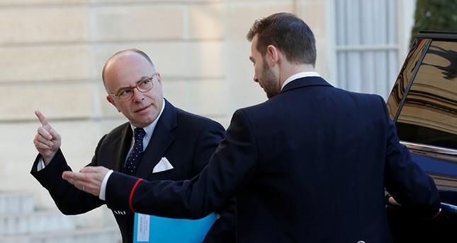 لصوص يدخلون شقة رئيس الوزراء الفرنسي