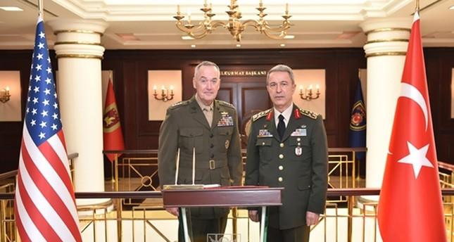 رئيسا الأركان التركي والأمريكي بحثا مطولاً العمليات العسكرية في الموصل والرقة