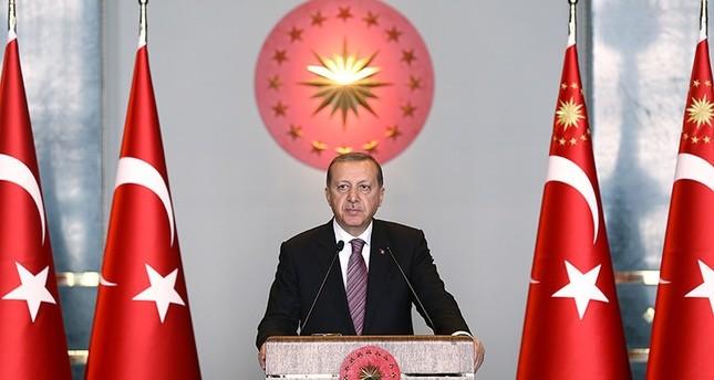 أردوغان يهنئ القوات البحرية بيومها وذكرى معركة بروزة
