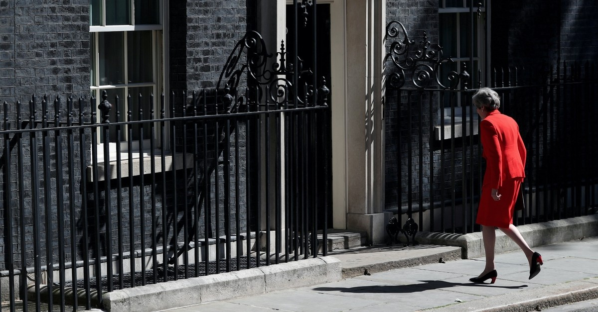 British Prime Minister Theresa May leaves after making a statement at Downing Street in London, Britain, May 24, 2019.