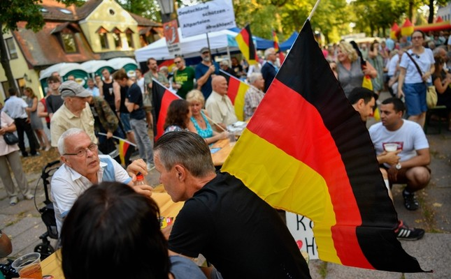 People attend an election rally of the far-right party Alternative for Germany (AfD) party in Koenigs Wusterhausen, eastern Germany, Aug. 30, 2019. (AFP Photo)