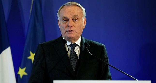 وزير الخارجية الفرنسي يدعو لتخفيف التوتر بين تركيا ودول أوروبية
