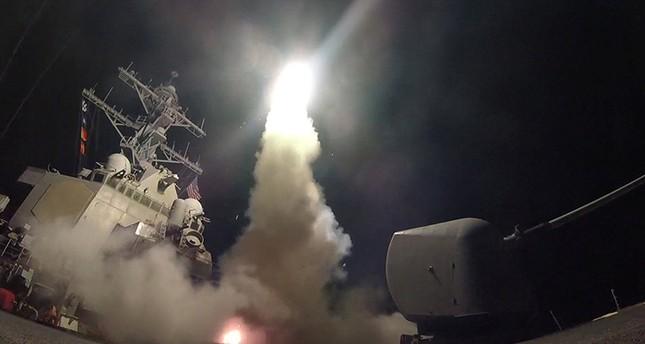 واشنطن تقصف قاعدة عسكرية لنظام الأسد بصواريخ توماهوك