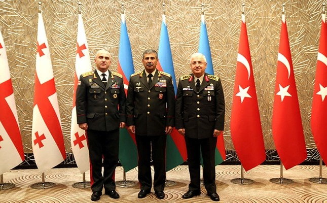 Azerbaijan's Defense Secretary Col. Gen. Zakir Hasanov (C), Turkish Chief of General Staff Gen. Yaşar Güler (R) and his Georgian counterpart Maj. Gen. Vladimer Chachibaia. (AA Photo)
