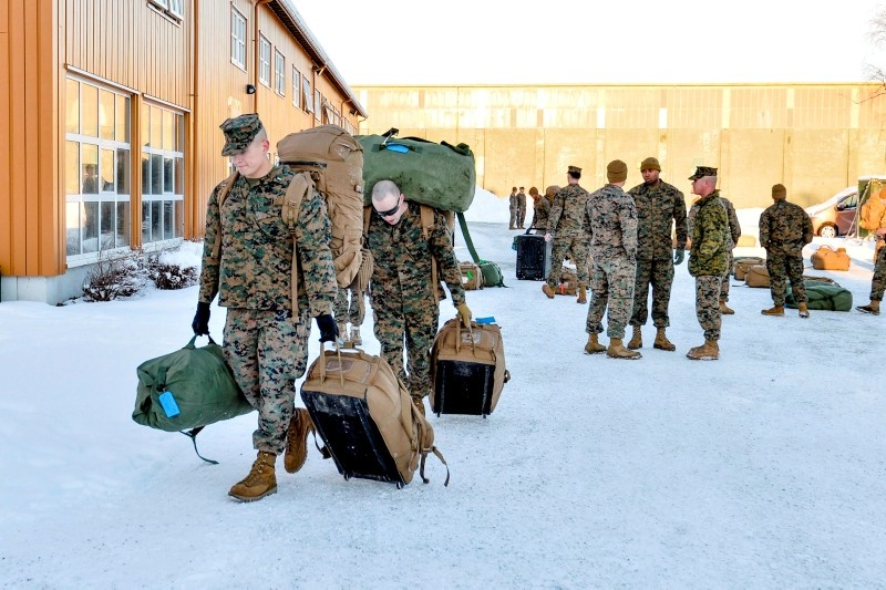 U.S. Marines, who are to attend a six-month training to learn about winter warfare, arrive in Stjordal, Norway, January 16, 2017. (Reuters Photo)