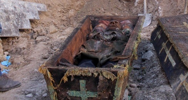 Locals flocked to see the corpse at the construction site.