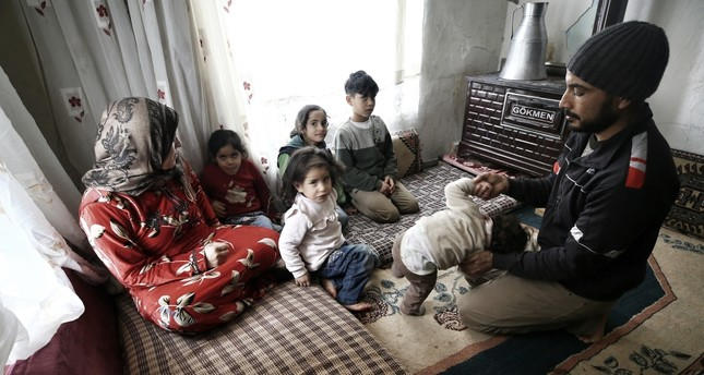 Mobility makes access to social services hard for Syrian refugees