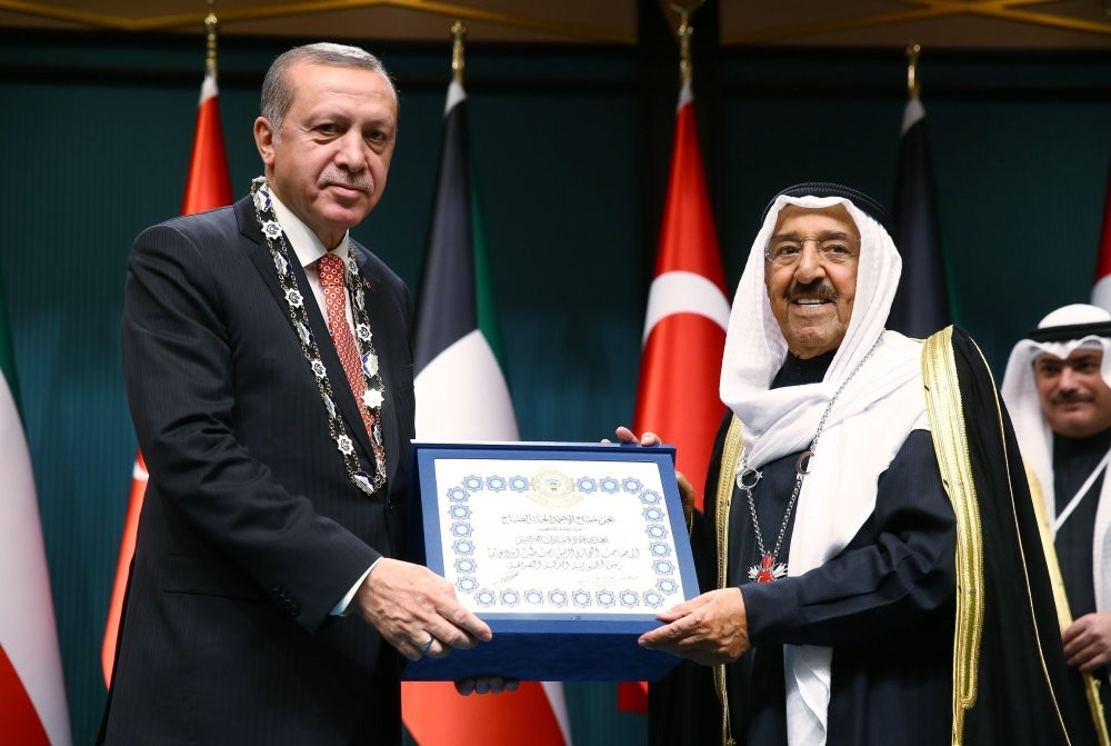 President Erdou011fan and Sheikh Sabah al-Ahmad al-Jaber al-Sabah exchanged awards in a ceremony held in the Presidential Complex in Ankara in March.