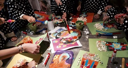 The vision of a young mother, Esra Bebek, looking to create a multicultural environment for her own young one to grow and learn from, Artiz Kidz has been offering weekly workshops on Art Journaling...