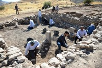 11,300-year-old Neolithic-era temple unearthed in southeastern Turkey's Mardin