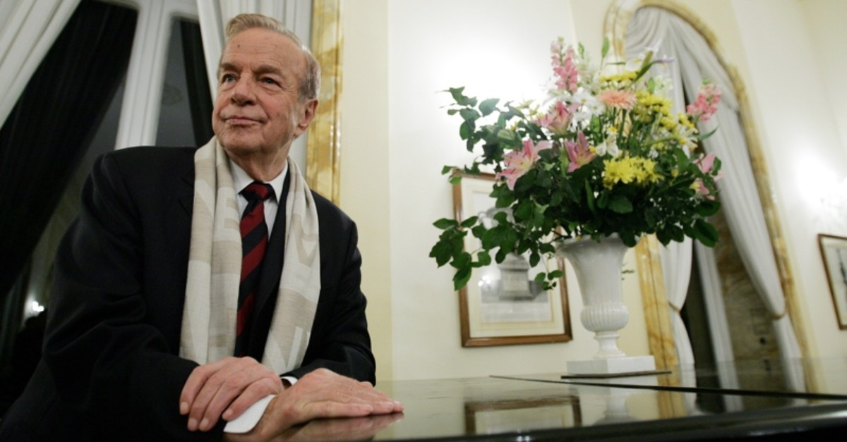 In this file photo taken on Nov. 24, 2004 Italian film director Franco Zeffirelli poses at the British Embassy in Rome before receiving the medal of knighthood from the British ambassador to Italy. (AFP Photo)