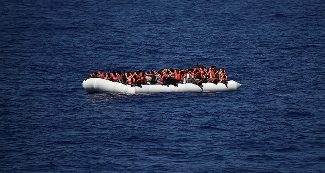 146 migrants missing after boat capsizes