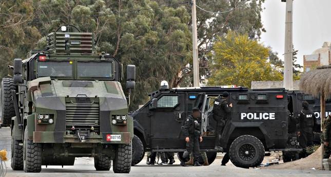 مقتل 9 أفراد من الحرس الوطني بهجوم شمال غربي تونس