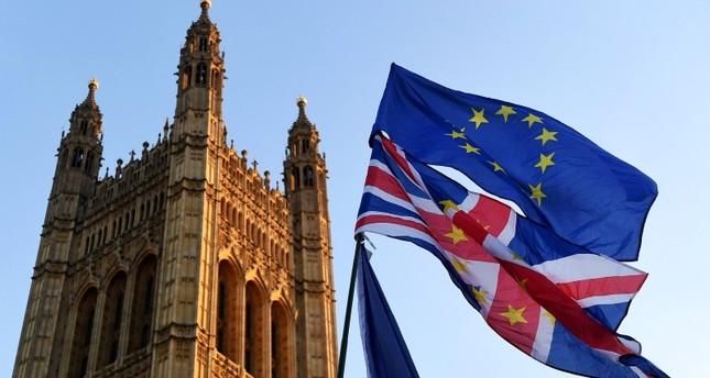 استطلاع للرأي.. نصف البريطانيين يودون إعادة استفتاء الخروج من الاتحاد الأوروبي