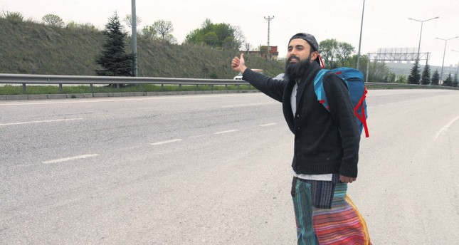 Turkish globetrotter takes up hitchhiking to experience the world