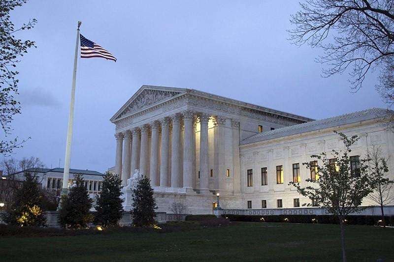 The Supreme Court at dawn in Washington, DC, USA, 07 April 2017 (EPA Photo)