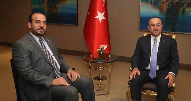 تشاووش أوغلو مستقبلاً نصر الحريري رئيس الهيئة العليا للمفاوضات السورية المعارضة