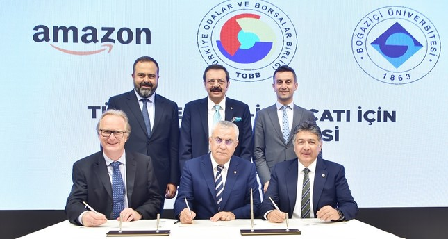 Amazon Turkey officials sign partnership with the Union of Chambers and Commodity Exchanges of Turkey (TOBB) and Boğaziçi University to offer e-commerce training to SMEs, on Sept. 16, 2019, in Ankara. (TOBB photo)
