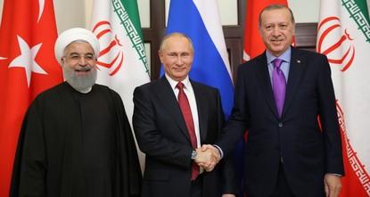 القمة الثلاثية في أنقرة تبحث الوضع في إدلب وحلا سياسيا دائما في سوريا