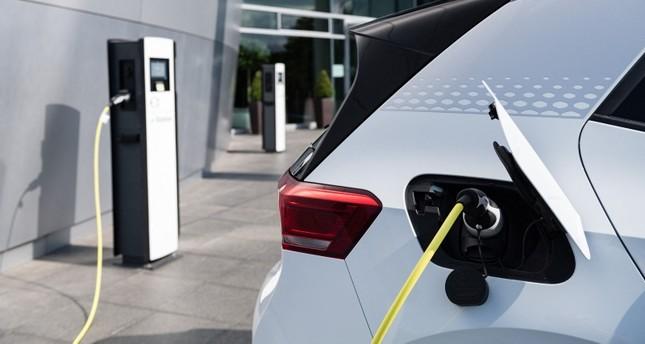 إنتاج السيارات الكهربائية سيكون أرخص من المركبات الحرارية بحلول 2027
