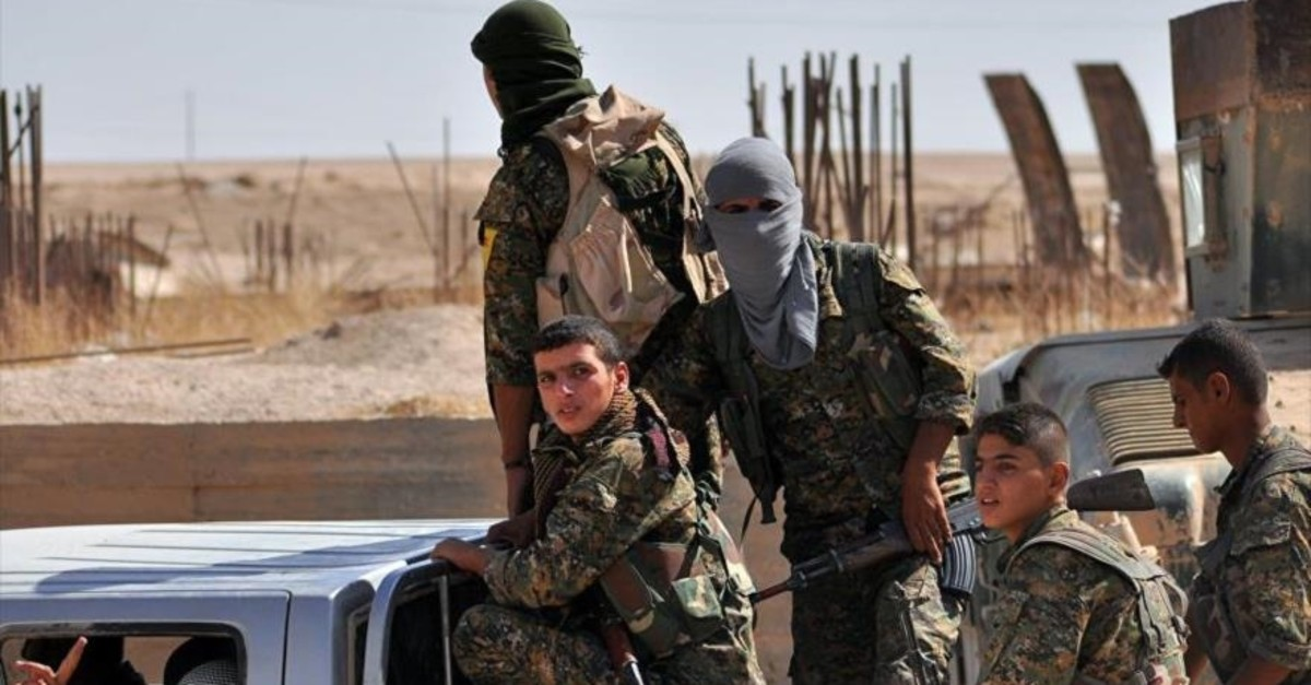 YPG terrorists. (AFP Photo)
