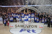Anadolu Efes crowned Turkish Cup champions after beating Tofaş 78-61