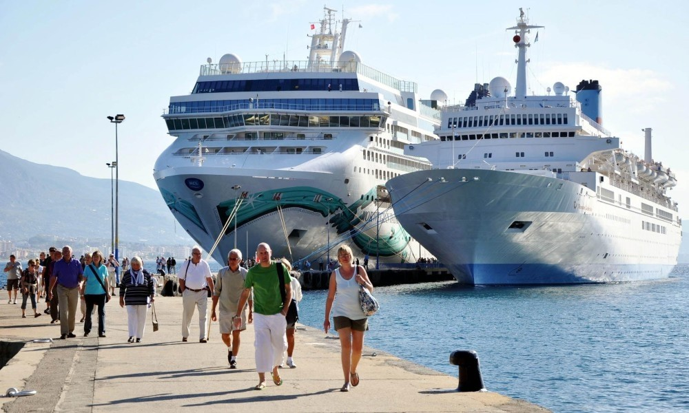 As an incentive to the sector, the government will give financial support of $30 per passenger to travel agencies to increase the number of cruise tourists