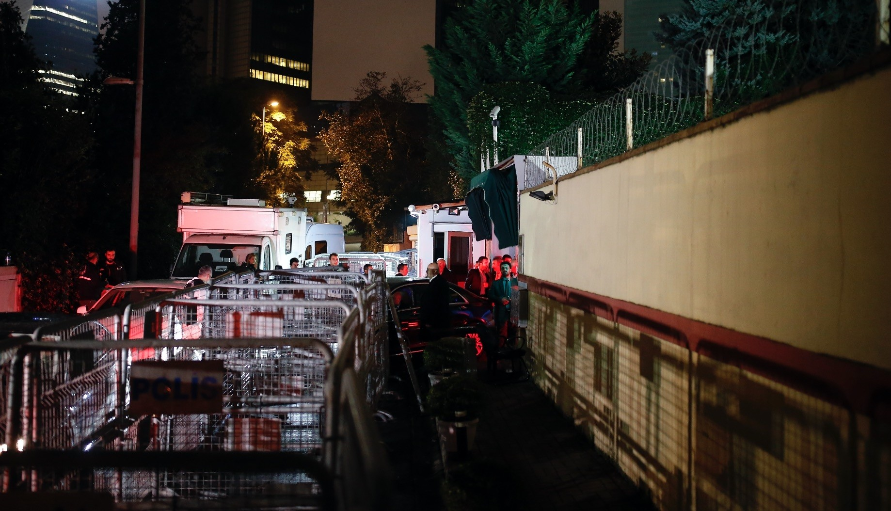 Turkish forensic investigators arrive at the Saudi Consulate to conduct a new search over the disappearance of Saudi journalist Jamal Khashoggi, Istanbul, Oct. 18.