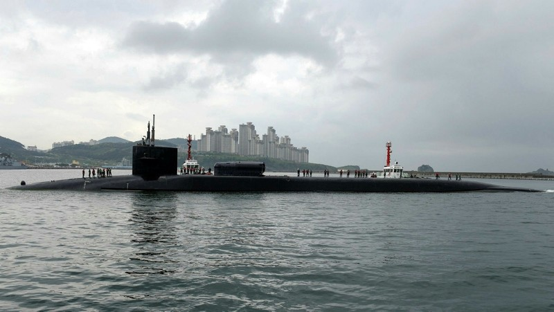 A handout photo made available by the United States Department of Defense shows the Ohio-class guided-missile submarine USS Michigan (SSGN 727) arriving in Busan, South Korea, April 25, 2017. (EPA Photo)