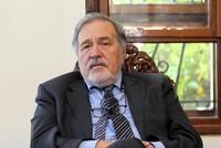 المؤرخ التركي إلبر أورطايلي: عيد النصر التركي رسالة للعالم مفادها إننا باقون هنا