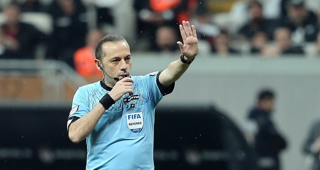 Turkey's Çakır to officiate Liverpool-Barcelona match