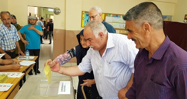 116-year-old woman turns out to vote in SE Turkey
