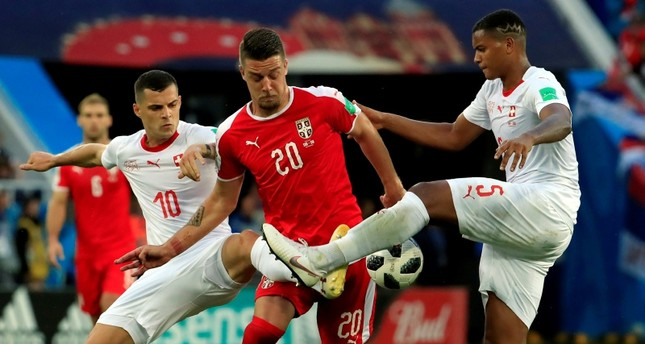 شاكيري يقود سويسرا للفوز على صربيا بهدفين لهدف