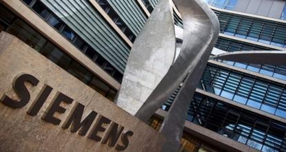Siemens to go ahead with Australia coal mine project