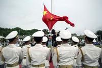 أرسلت الصين عسكريين إلى جيبوتي حيث أقامت أول قاعدة لها في الخارج في ما يدشن مرحلة تاريخية مهمة في تعزيز وجودها العسكري على الساحة الدولية.  وغادر عناصر من البحرية الصينية أمس الثلاثاء قاعدة...
