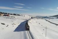 قطار الشرق السريع مخترقاً سهول الأناضول