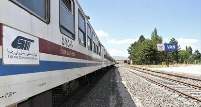 Iran startet Zug-Linie zwischen Teheran und Van