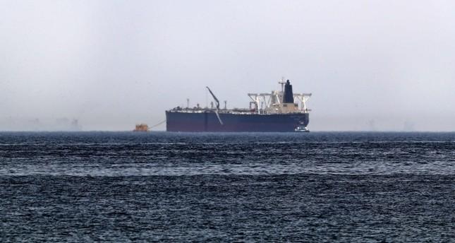 اليابان تعتزم إرسال مدمرات بحرية لحماية سفنها في الخليج العربي