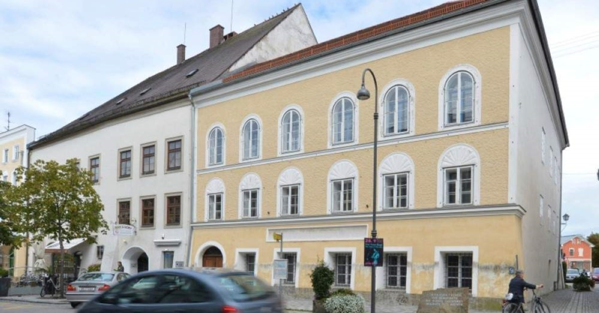 This Sept. 27, 2012 file picture shows an exterior view of Adolf Hitler's birth house, front, in Braunau am Inn, Austria. (AP Photo)