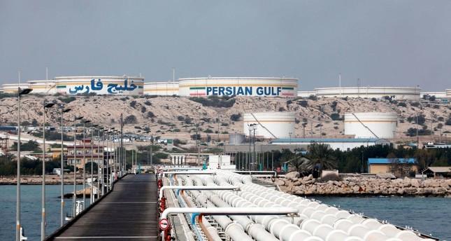 رداً على تهديدات إيرانية.. الجيش الأمريكي: سنضمن حرية الملاحة في الخليج العربي