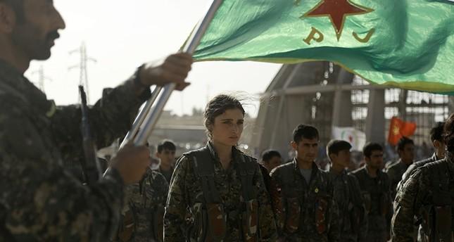 قائد منشق: تنظيم بي كا كا يهيمن على قوات سوريا الديمقراطية ويستغل اسمها