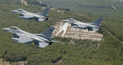 الدفاع التركية تعلن تحييد 8 من إرهابيي بي كا كا شمالي العراق