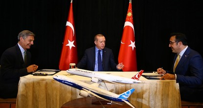 THY commits to buy 60 jets from Airbus, Boeing