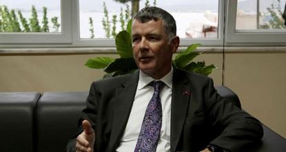 pRichard Moore, der britische Botschafter in Ankara, sagte während eines Besuches im türkischen Ferienort in Fethiye an der Ägäis, dass Großbritannien keinen Grund dafür sehe seine Bürger davon...