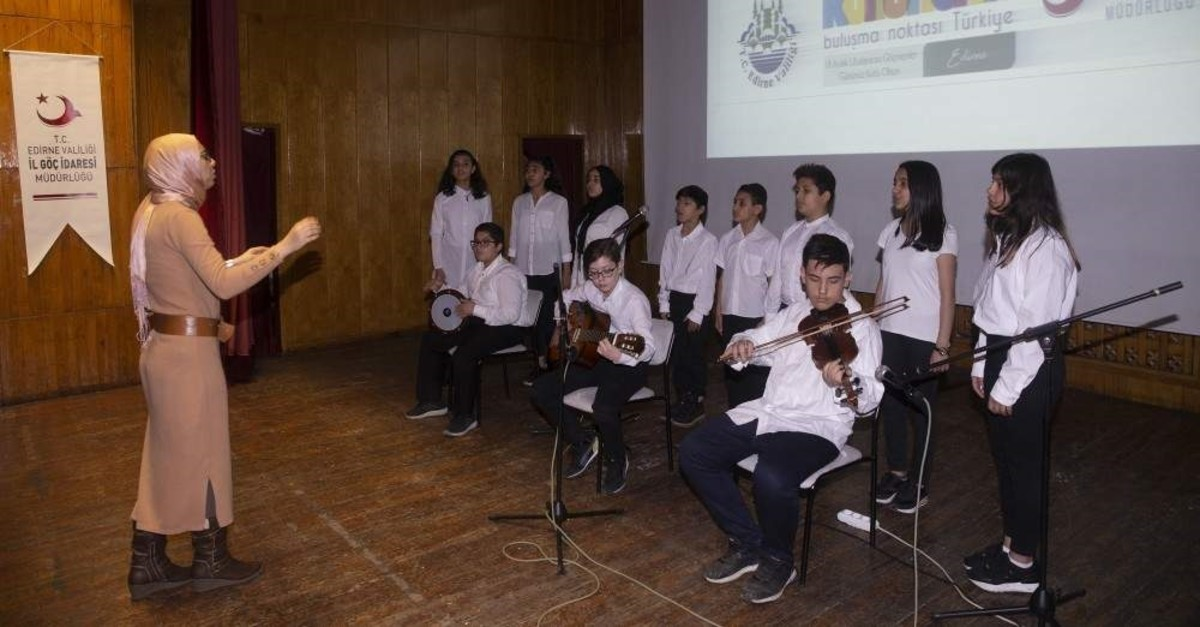 The Brotherhood Choir performed their first concert on International Migrants Day. (AA Photo)