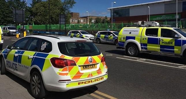 Auto rast in Newcastle auf Muslime: 7 Verletzte