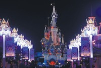 Christmas in Paris: Light, magic and chocolates