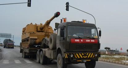 الجيش التركي يرسل تعزيزات جديدة لنقاط المراقبة في إدلب
