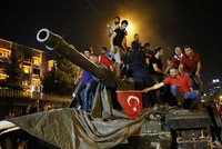 'Taking on tanks' tops Google's search trends for anti-coup Turks